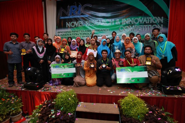 USIM GONDOL 7 PINGAT DAN ANUGERAH UTAMA DI NOVEL RESEARCH & INNOVATION COMPETITION (NRIC) 2013