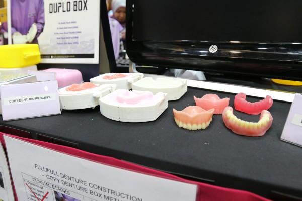 Dental Faculty Invents Copy Denture Box To Standardize Clinical Procedure